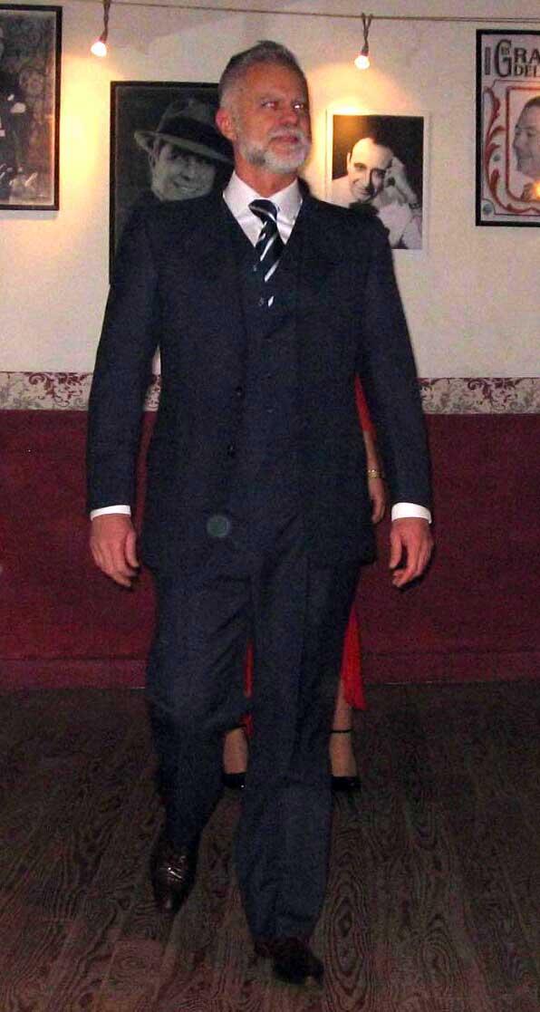 abito completo stilista giacca moda uomo