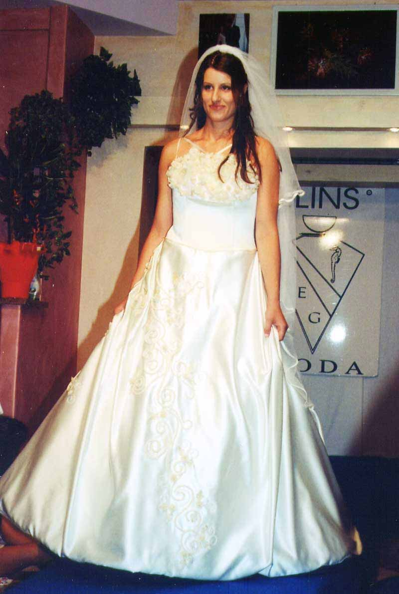 Matrimoni vestito classico in sartoria