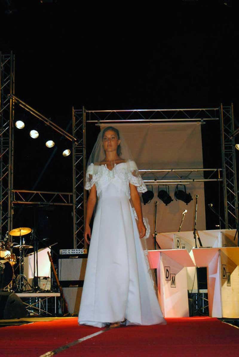 vestito colore bianco - Matrimoni negozio Atelier a Roma