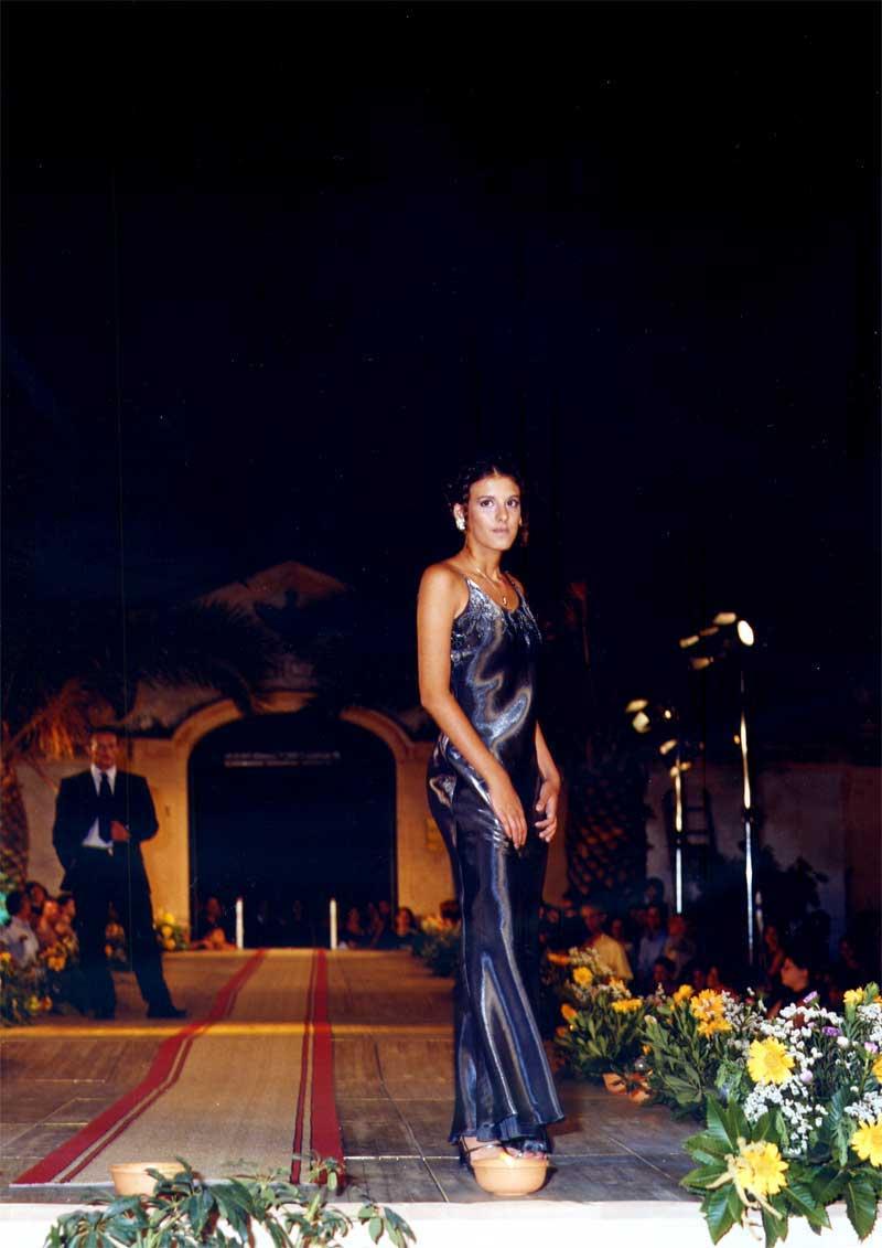 elegante vestito donna in blu scuro