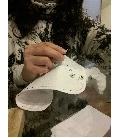 Ręcznie haftowana koszula - krawiectwo