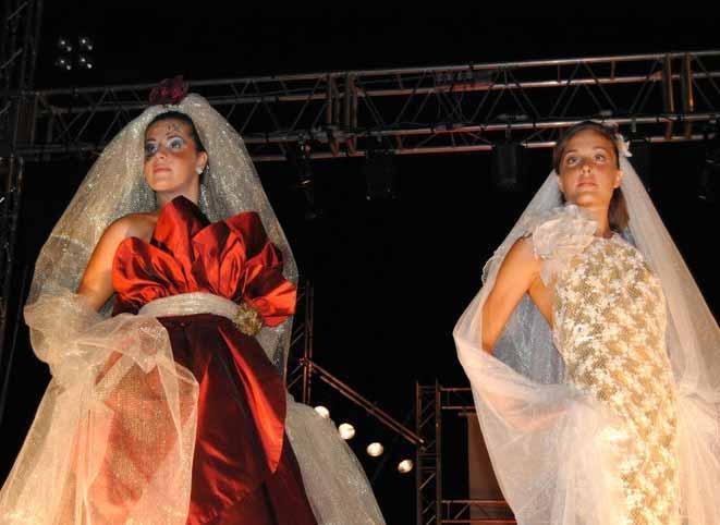 Elins moda spose vestiti matrimoni in rosso e oro