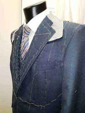 Kreacje w laboratorium - męska sukienka na zamówienie
