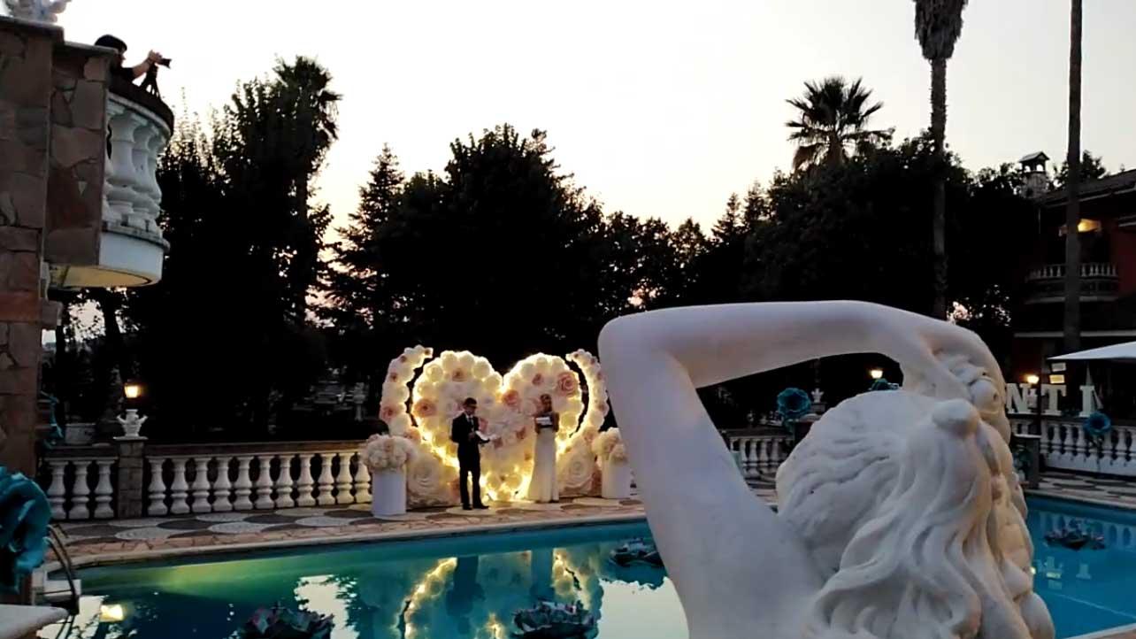 Infiniti Eventi - sfilata moda abiti, vestiti sartoriali da Cerimonia presso la location di villa Fravili vicino Roma - Evento Rinascita 2020