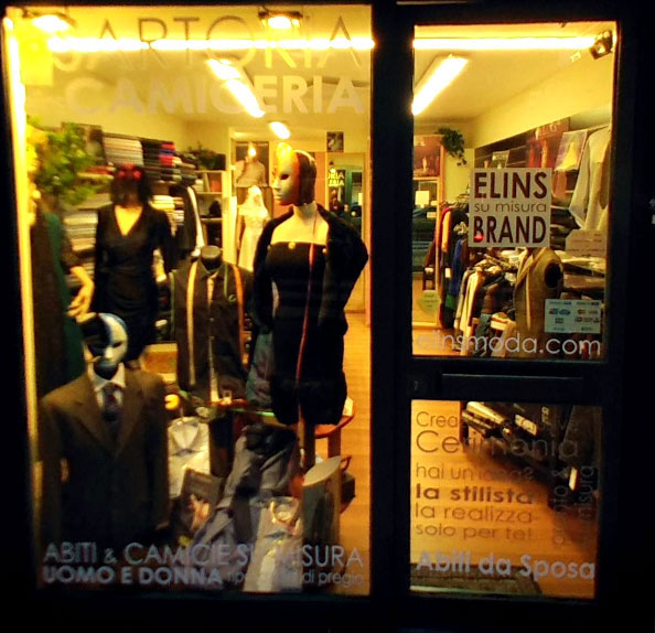 FASHION STORE AND CREATIONS OF TAILORING IN ROME